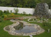 Оформление водоемов в саду и на даче