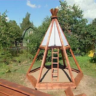 Домики для детских площадок своими руками