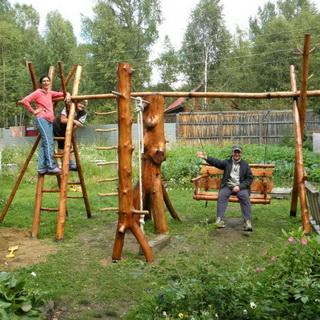 Столик и скамейка для детской площадки фото